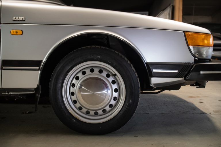 Silver Saab 12