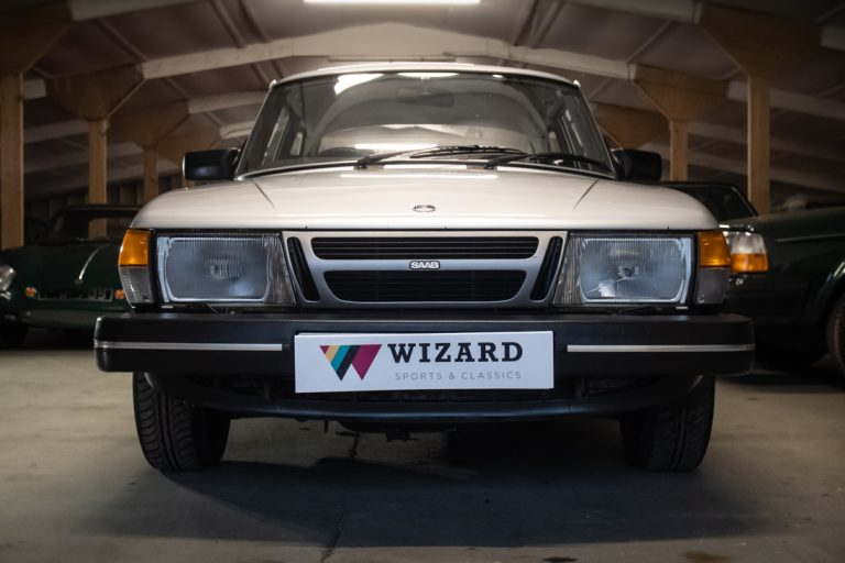 Silver Saab 18