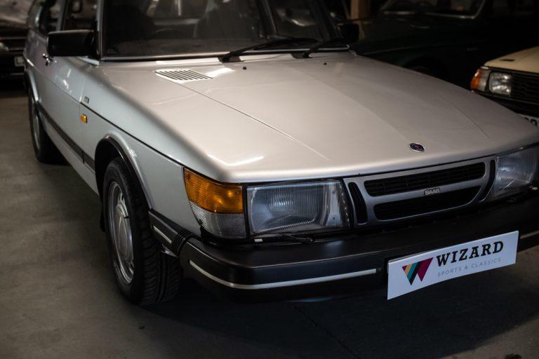 Silver Saab 19