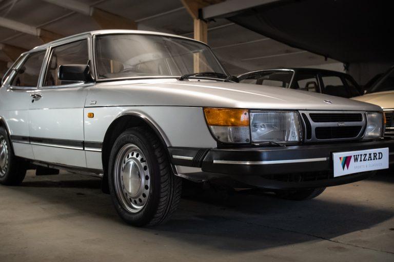 Silver Saab 7