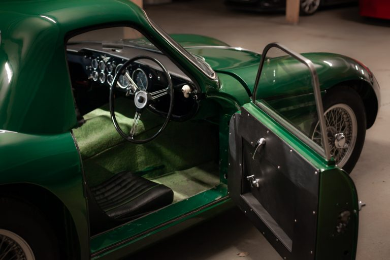 TVR GREEN 44