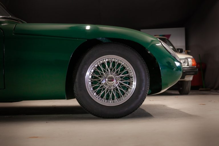 TVR GREEN 8