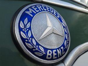 0007 1964 Mercedes Benz O319 9 Seat Mini Bus 4