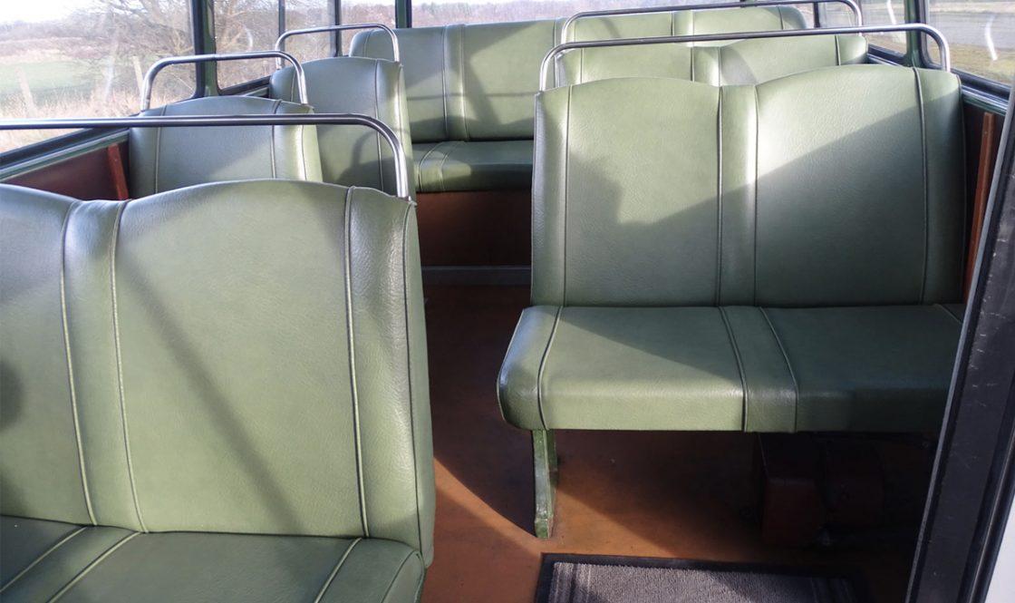 0010 1964 Mercedes Benz O319 9 Seat Mini Bus 7