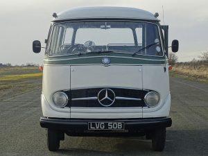 0019 1964 Mercedes Benz O319 9 Seat Mini Bus 16