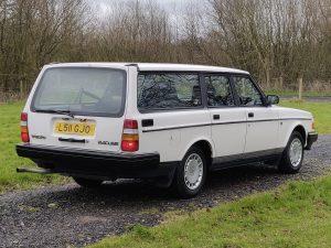0028 1992 Volvo 240 SE Estate from Wizard Classics 4