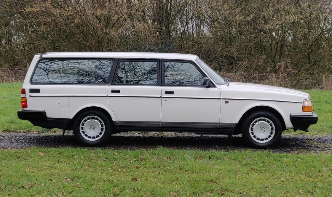 Volvo 240 Estate Wizard Classics 1