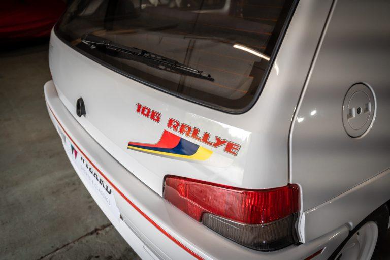 106 Rallye White 31