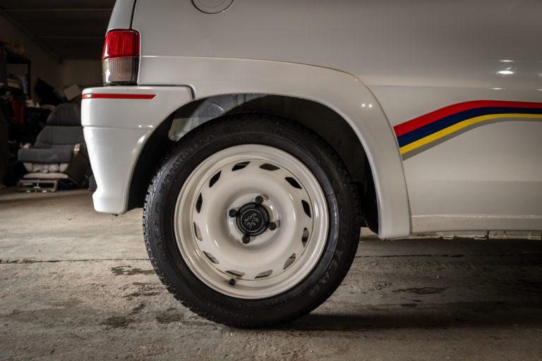 106 Rallye White 33