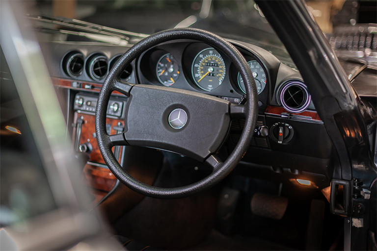 1985 mercedes benz 380sl wizard classics 0011 Mercedes SL 38