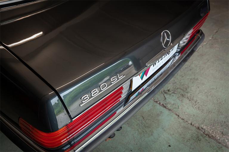 1985 mercedes benz 380sl wizard classics 0014 Mercedes SL 35