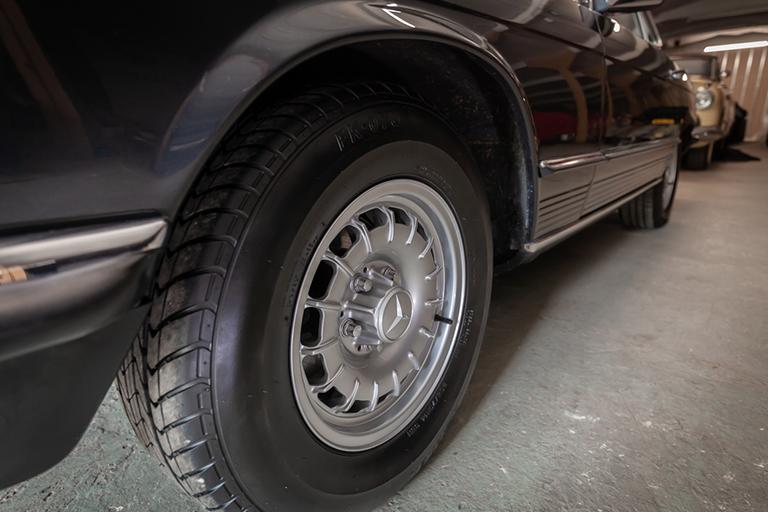 1985 mercedes benz 380sl wizard classics 0028 Mercedes SL 21