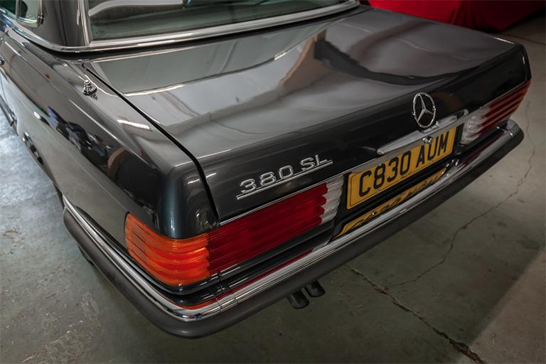 1985 mercedes benz 380sl wizard classics 0032 Mercedes SL 17