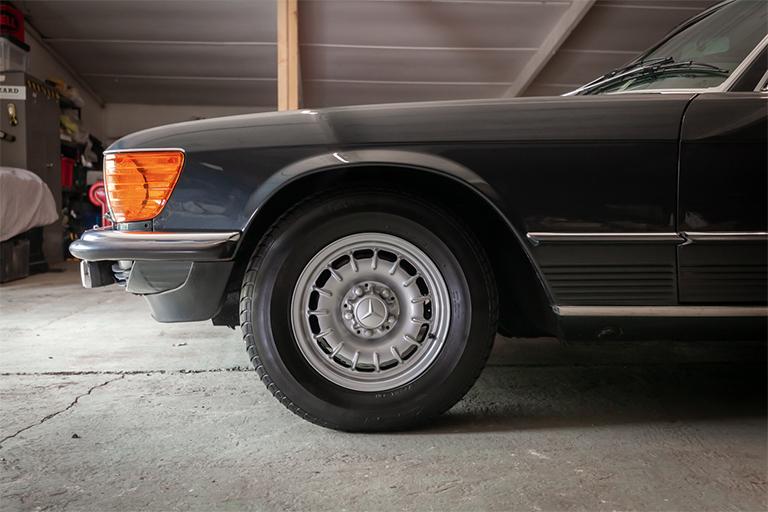 1985 mercedes benz 380sl wizard classics 0035 Mercedes SL 14