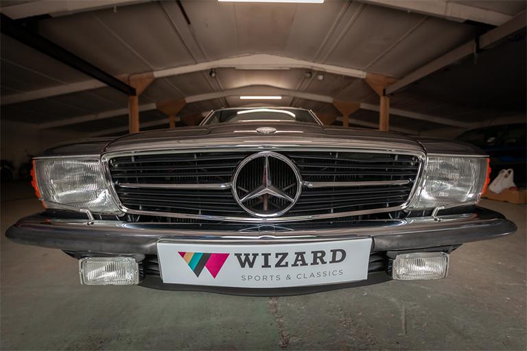 1985 mercedes benz 380sl wizard classics 0037 Mercedes SL 12