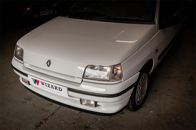 Renault Clio MK1 Auto Wizard Classics 0006 Clio 1.4 White 33