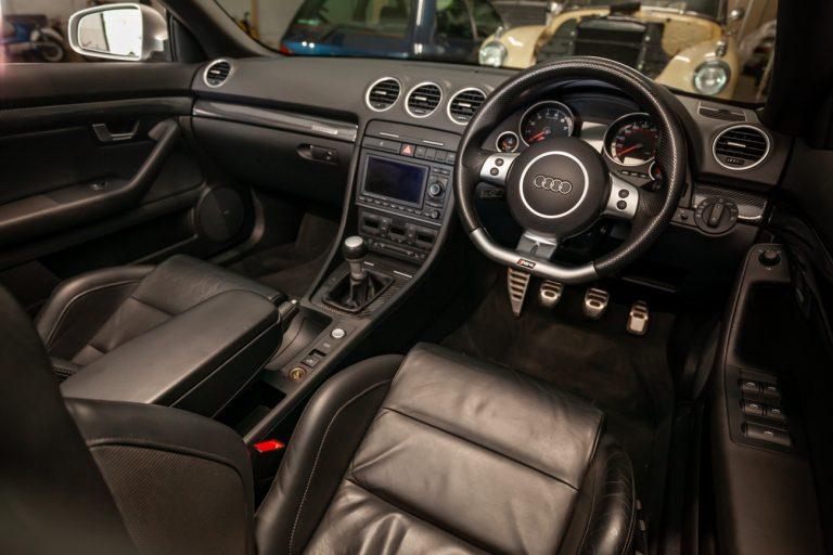 Audi RS4 54