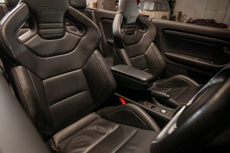 Audi RS4 55
