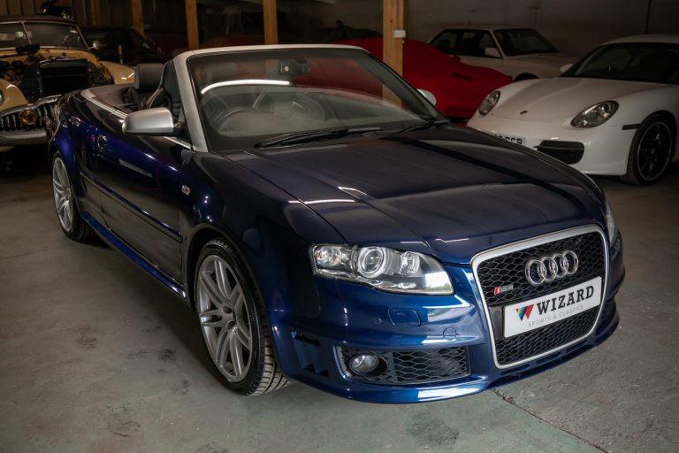 Audi RS4 61