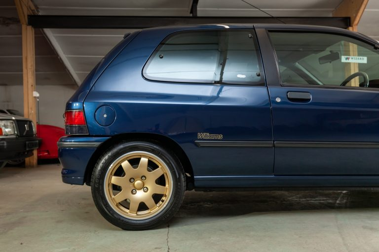Clio Williams 11