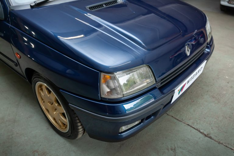 Clio Williams 16