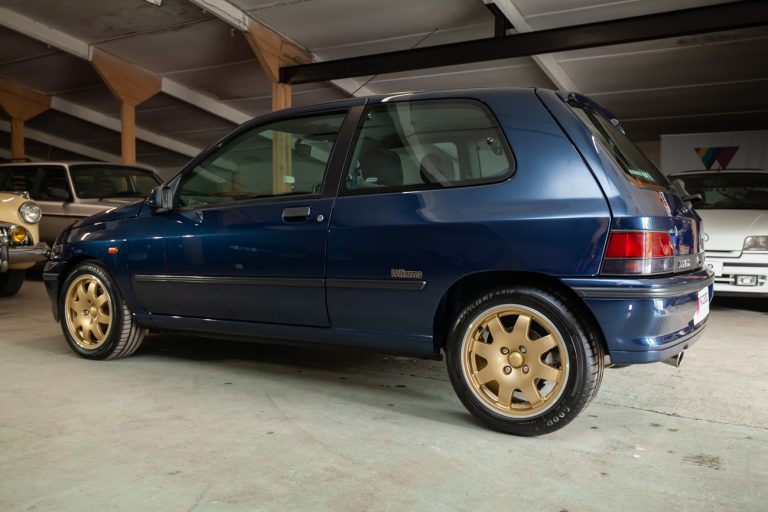 Clio Williams 29