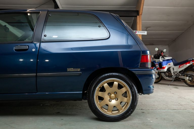 Clio Williams 45