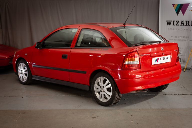 Red Astra 32