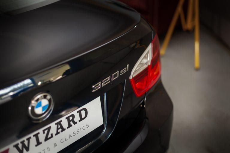BMW 320SI 11