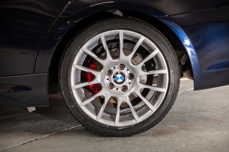 BMW 320SI 16