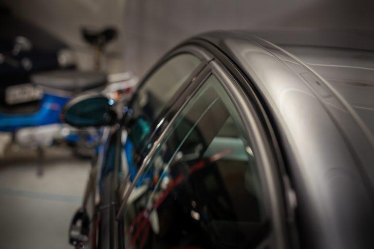 BMW 320SI 19