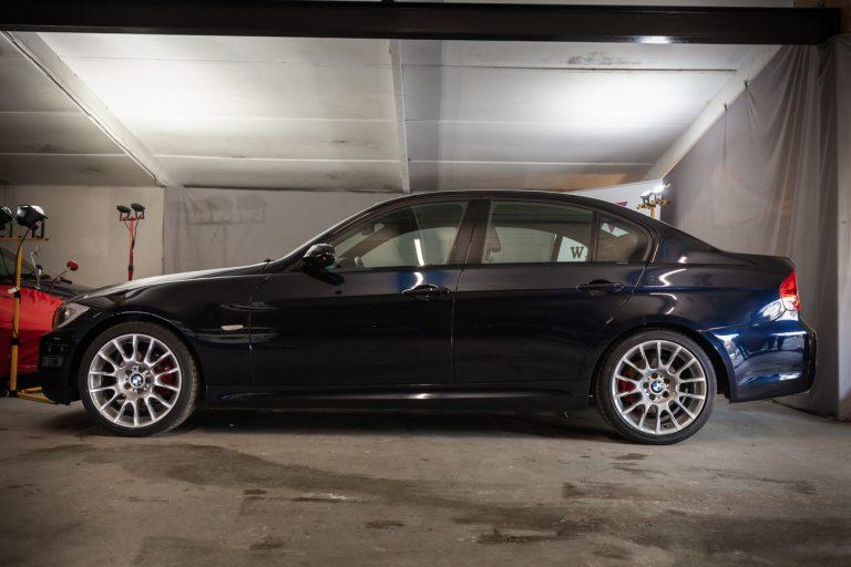 BMW 320SI 21