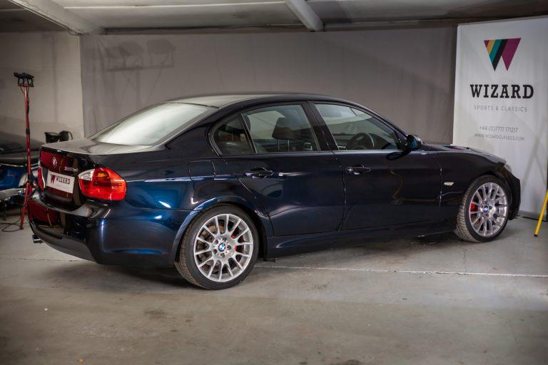 BMW 320SI 24