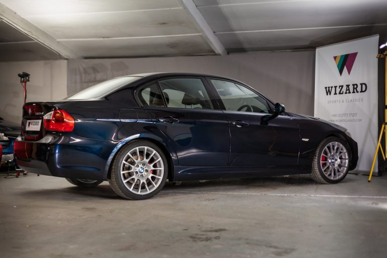 BMW 320SI 25