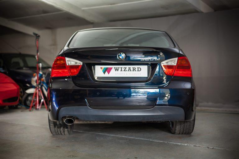 BMW 320SI 6