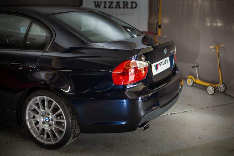 BMW 320SI 7